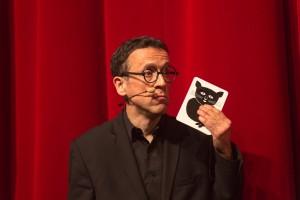 magicien carte chat